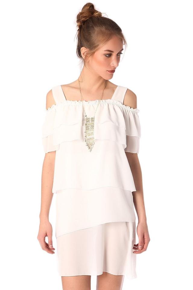 Mini vestido en blanco con multiples capas