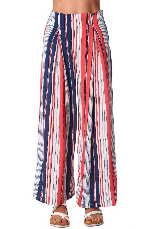 Pantalones de pernera ancha con estampado de rayas en color rojo