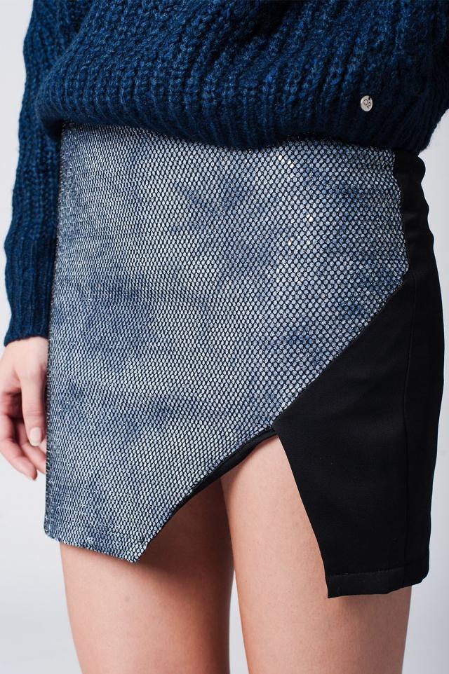 Minifalda con parte delantera cruzada de serpiente en azul