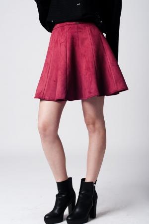 Minifalda de corte acampanado de ante suave marsala