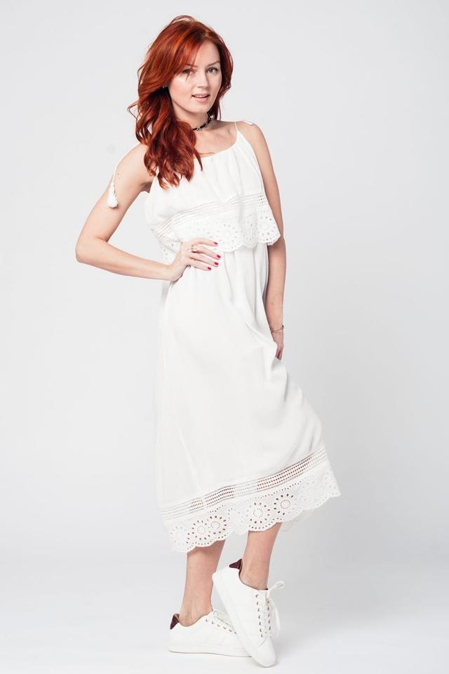 Vestido a media pierna blanco con doble capa y detalle de croche
