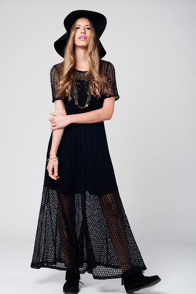 Vestido largo negro de crochet