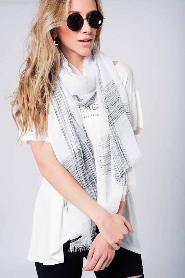 Fular blanco ligero con detalles de lurex