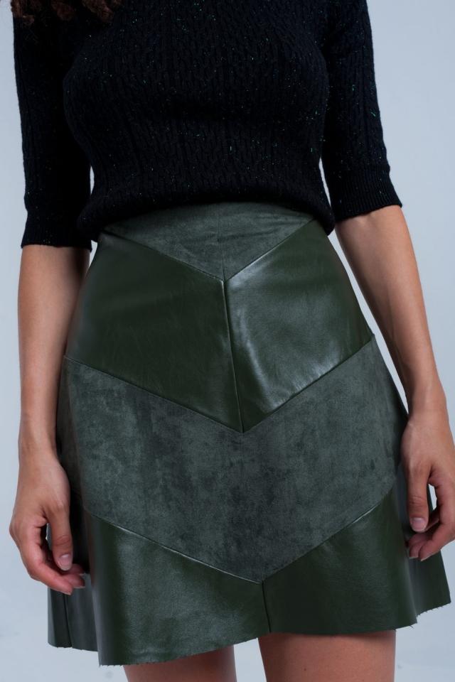 Falda caqui combinada