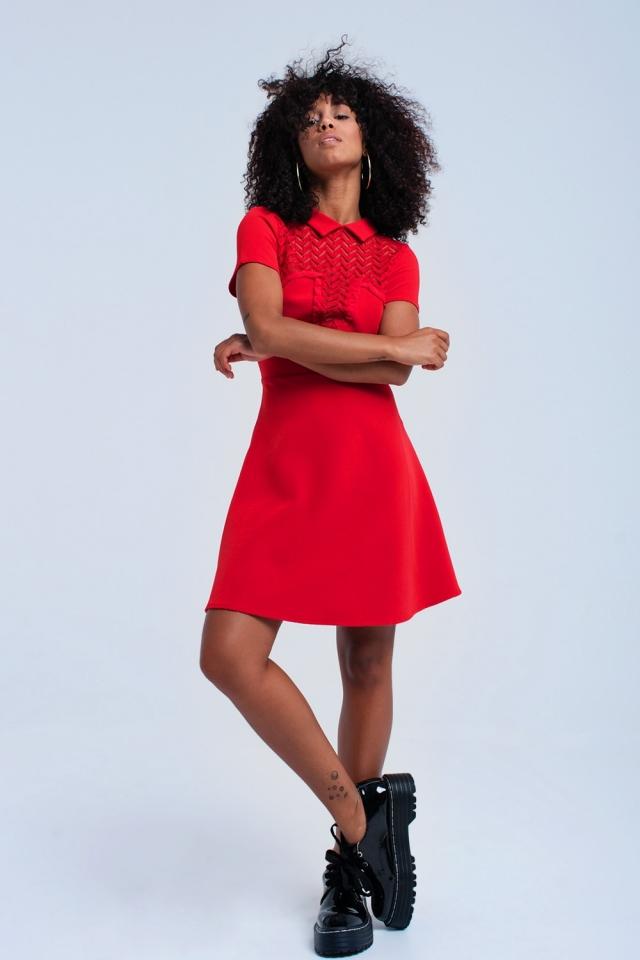 Vestido mini rojo con encaje