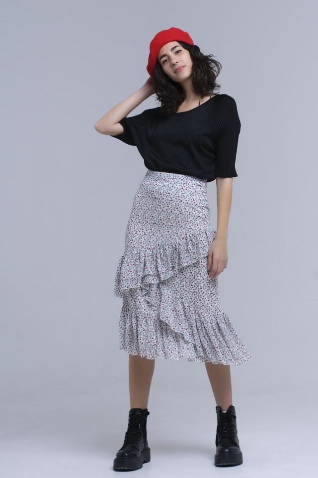 Falda estampada blanca con volantes