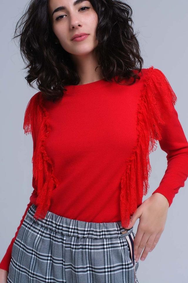 Jersey rojo con volantes de ganchillo