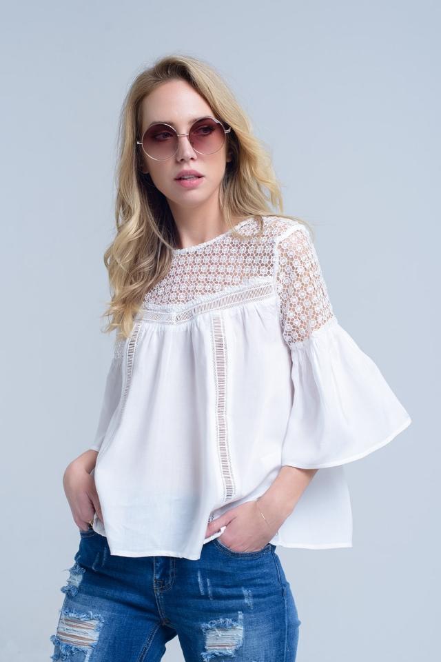 Blusa blanca con detalle de croche