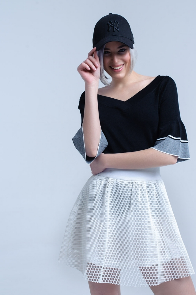 Jersey de punto negro con manga de campana