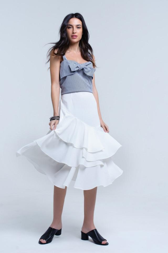 Falda midi blanca con detalle de volantes