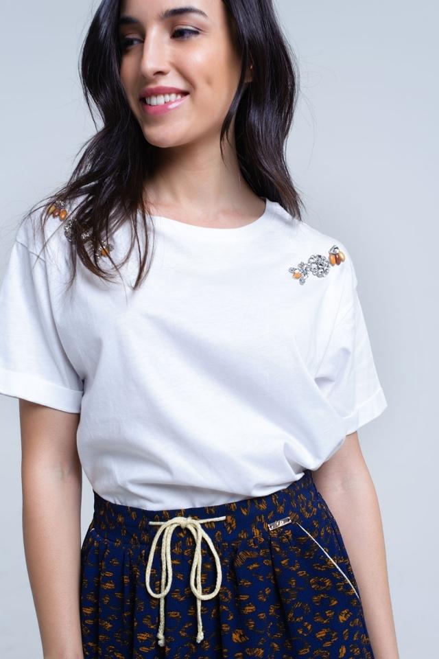 Camiseta blanca con detalle de cristales