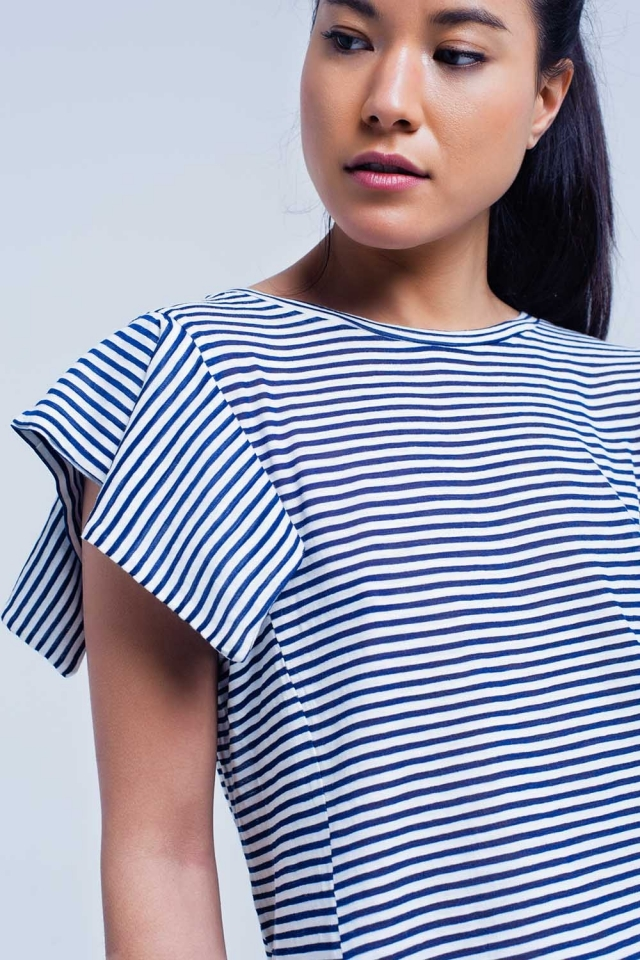 Camiseta de manga corta con rayas azul marino