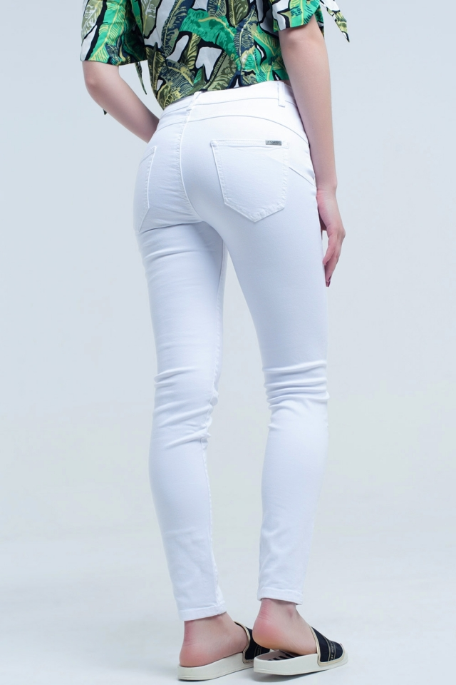 Pantalon vaquero blanco efecto push up