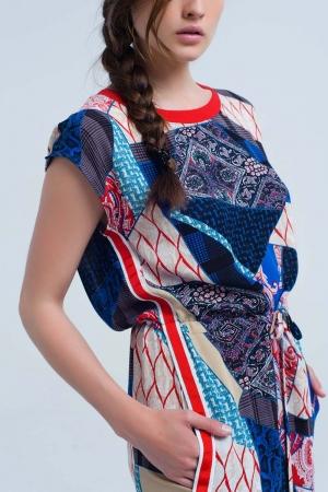 Vestido rojo con estampado patchwork
