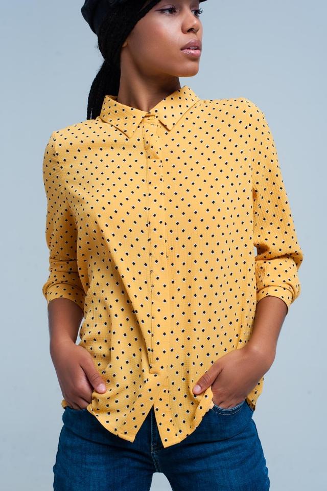 Camisa mostaza manga larga estampada