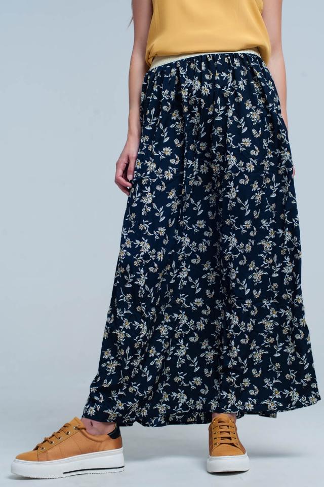 Falda larga azul marino con flores