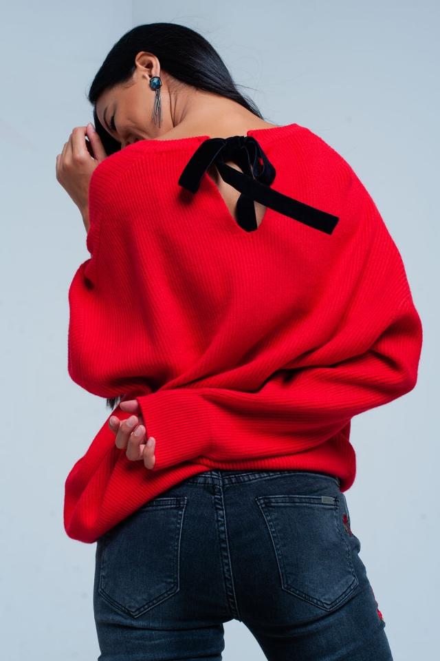 Jersey en rojo con lazo trasero