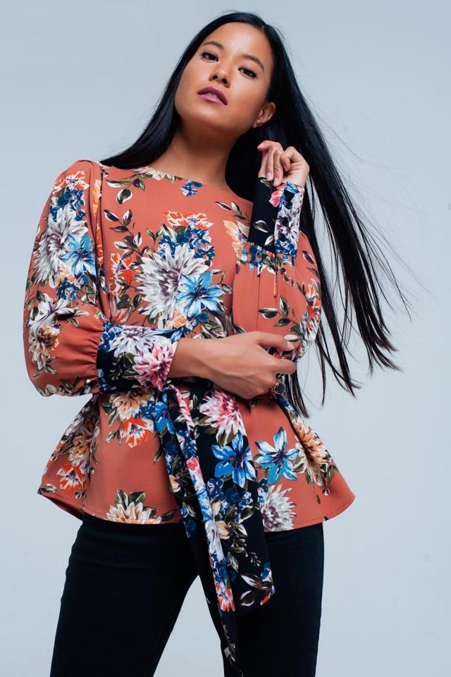 Blusa rosa de impresión floral atado en frente