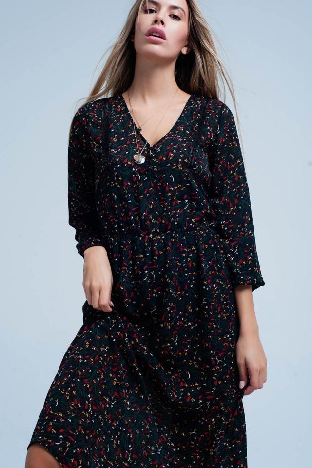 Vestido Negro con estampado de flores y ajuste del cordón