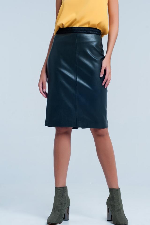 Falda de tubo verde en cuero sintético