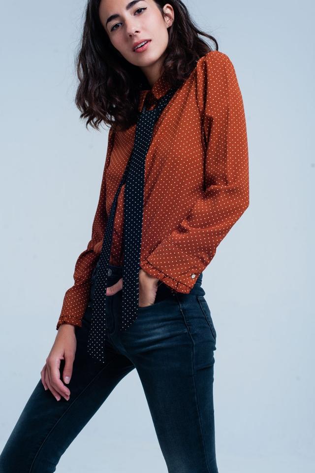 Camisa Naranja con lunares con lazo negro