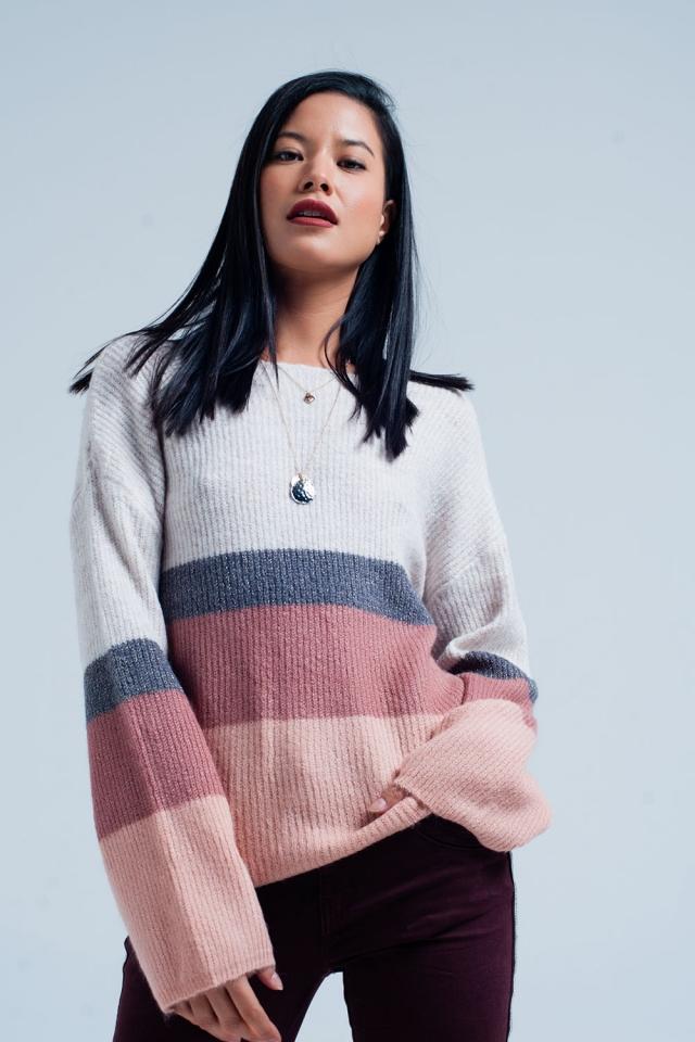 Suéter rosa rayado con brillo