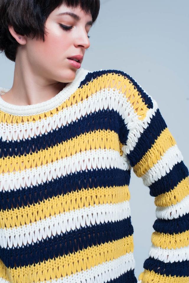 Suéter de punto a rayas de mostaza