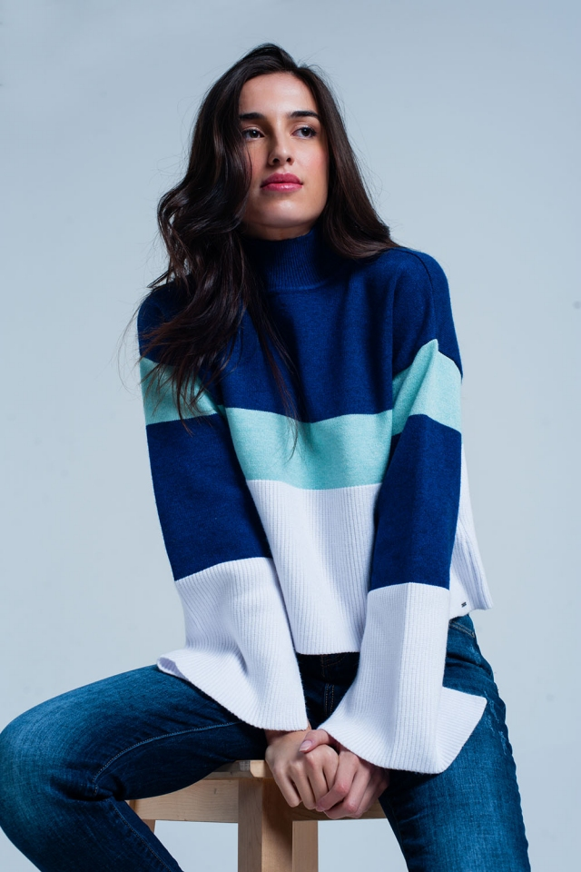 Jersey con cuello alto a rayas azules