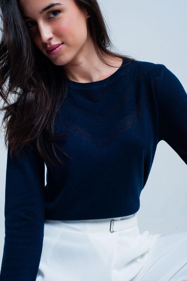 Suéter de lana azul marino con detalle texturizado