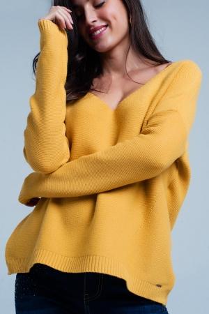Suéter con escote de pico punto suave mostaza