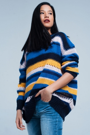 Suéter largo azul de punto con rayas