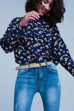 Camisa con estampado de flores en azul marino y manga larga