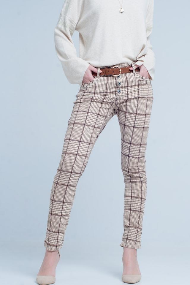 Pantalon de cuadros en beige con botones