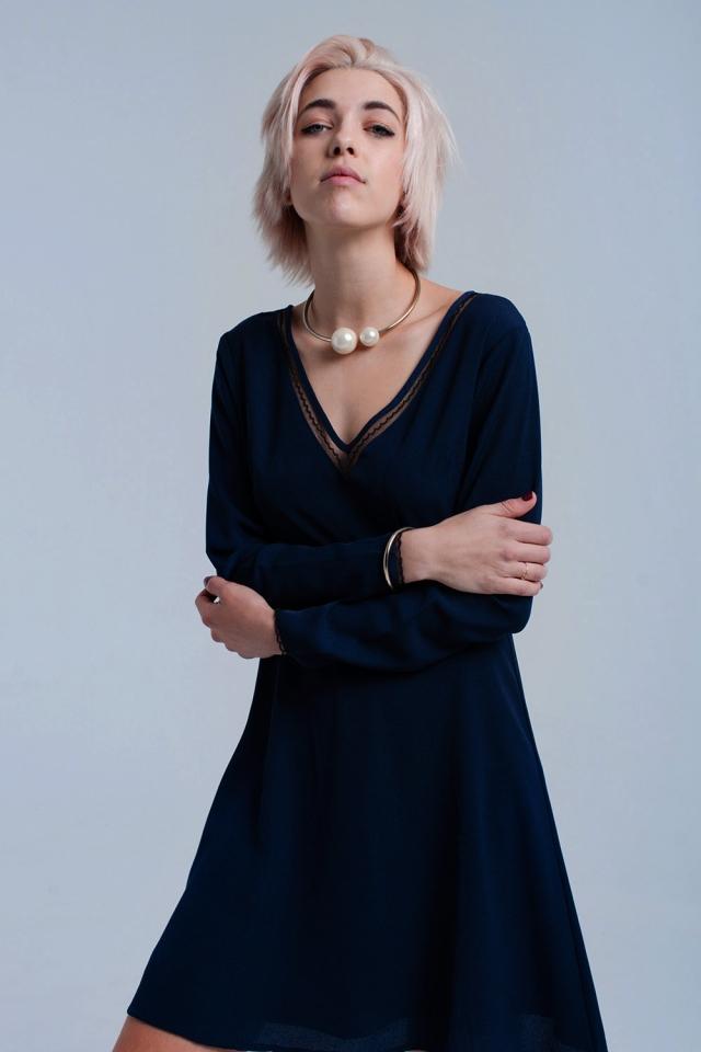 Mini vestido azul marino con encaje y lentejuelas