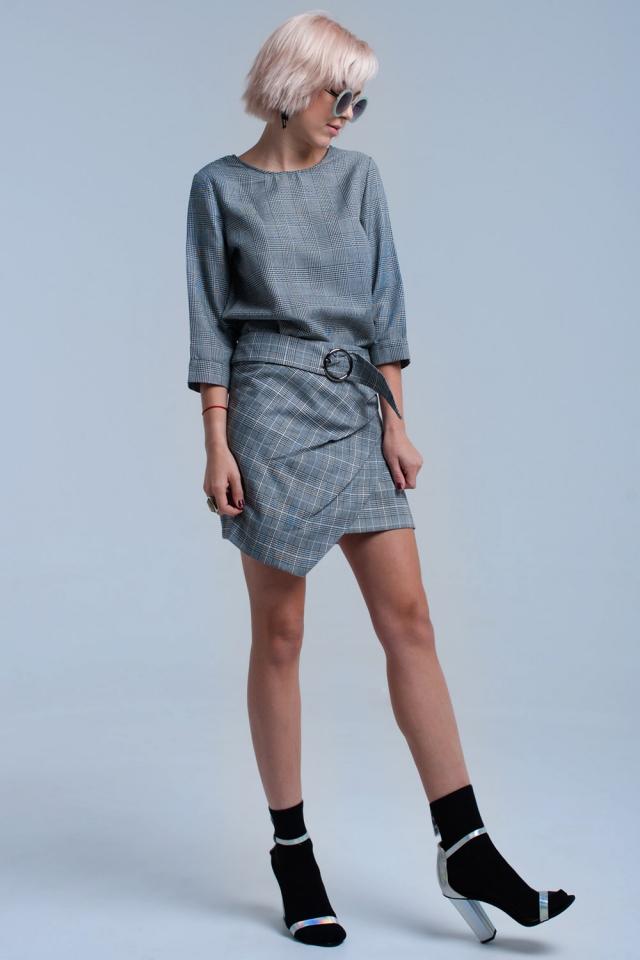 Falda de patrón de tartán gris con hebilla