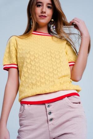 Sueter amarillo de punto calado geometrico de manga corta