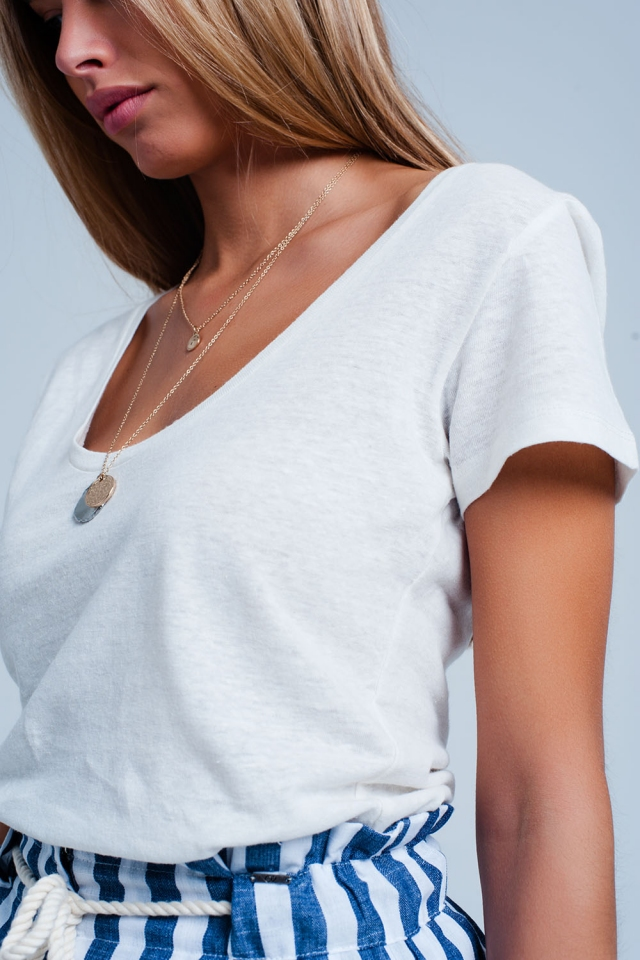 Camiseta Blanca con cuello ancho