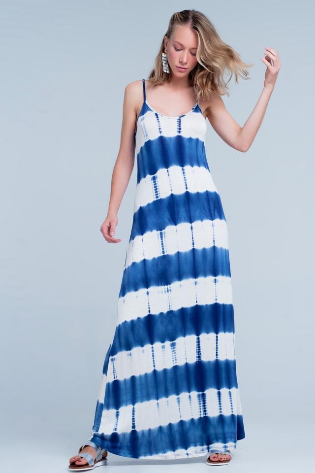Vestido largo de tirantes finos con diseño estampado teñido en color azul