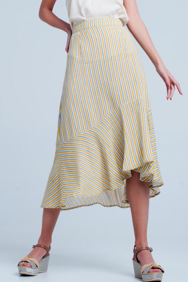 Falda midi Color mostaza con bajo asimétrico y rayas