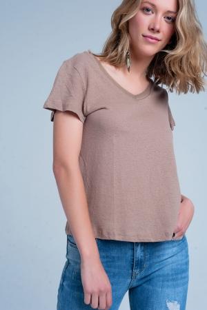 Camiseta marrón de pico con manga corta