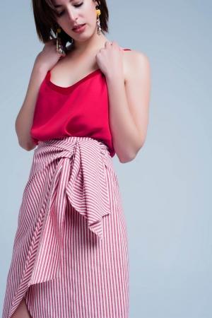 Falda cruzada a rayas roja