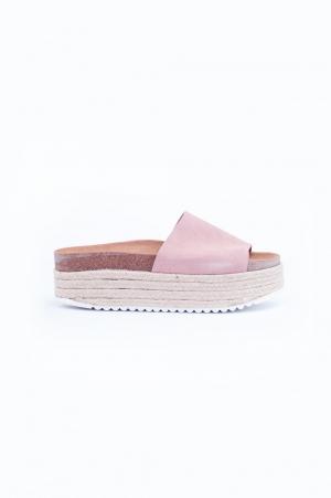 Sandalias de plataforma plana de esparto rosa