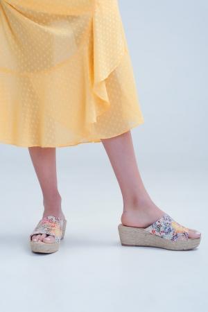 Sandalias de cuña de esparto multicolor