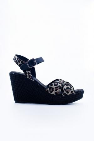 Cuñas negras con estampado de leopardo ajustados al tobillo