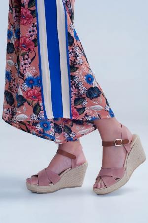 Sandalias de cuña y tacón estilo alpargata de yute con tiras cruzadas rosa
