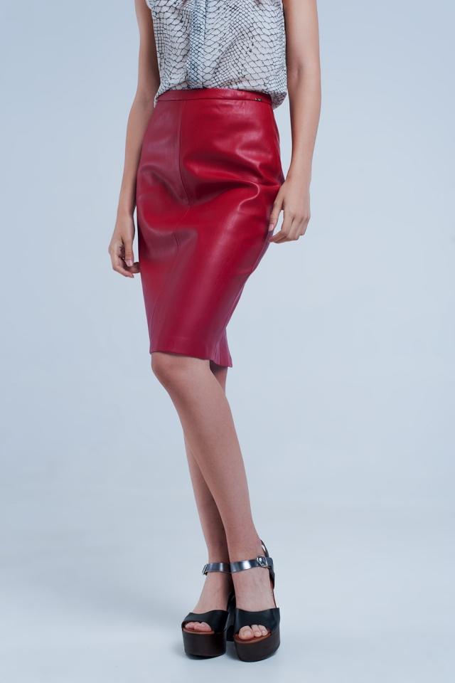 Falda midi recta roja polipiel