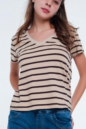 Camiseta con cuello en V a rayas color beige