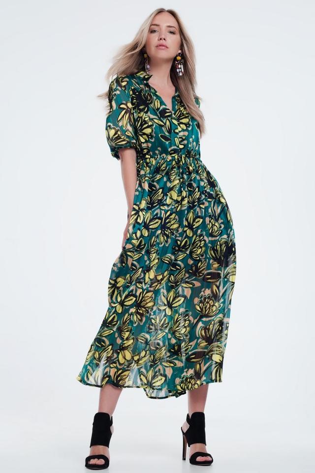 Vestido largo verde y amplio con estampado de hojas