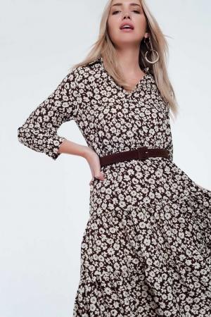 Vestido marron midi con falda plisada cinturón y estampado floral vintage