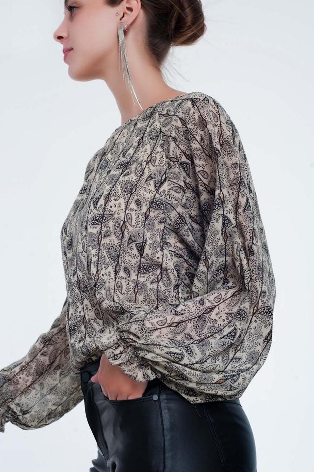 Camisa beige de manga larga con estampado de cachemir